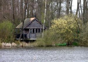 Canal Cabin.jpg