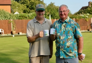 Graham and John with their Bowls Excuse mugs for being runners up..jpeg